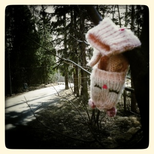 Another day, another lost (and found) mitten